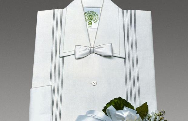 Sterbewäsche-Einkleidung
